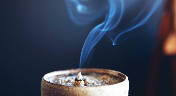 Oils And Herbs To Boost Psychic Awareness