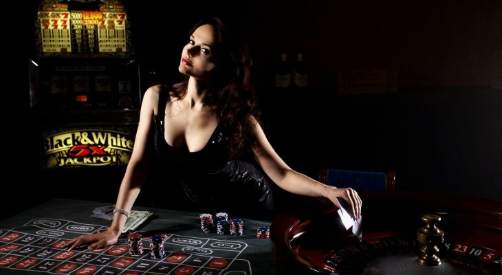 Want A Thriving Business? Deal With Casino!