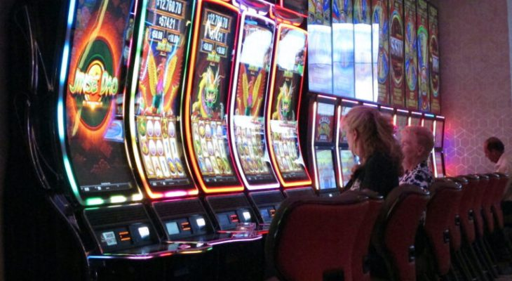 What Makes Online Casino That Different